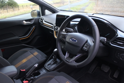 FORD FIESTA ACTIVE 010