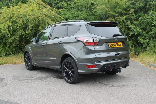 FORD KUGA ST LINE X 010