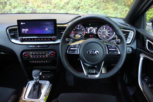 KIA CEED GT 013